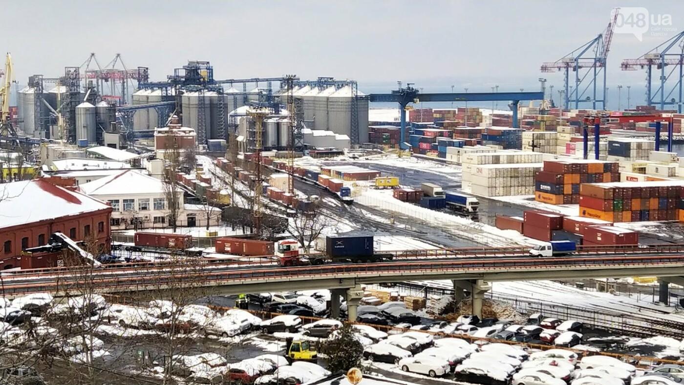 Как во время снегопада работал Одесский порт, - ФОТО, фото-12, ФОТО: Александр Жирносенко