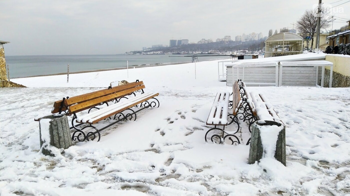 Белые пляжи и зимняя набережная: как одесское побережье замело снегом, - ФОТОРЕПОРТАЖ, фото-17, ФОТО: Александр Жирносенко