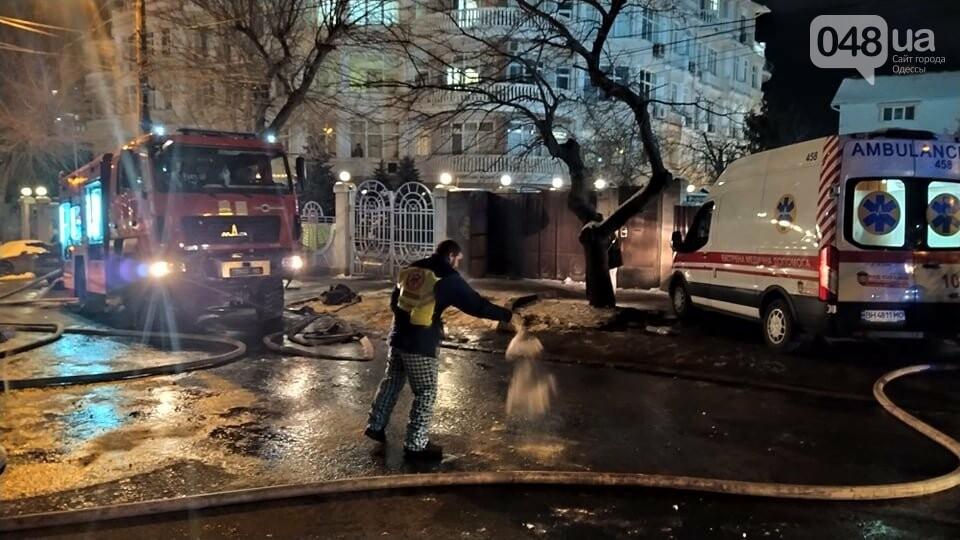 Пожар в Одессе: сейчас на Посмитного пылает дом, - ФОТО, ВИ..., фото-33