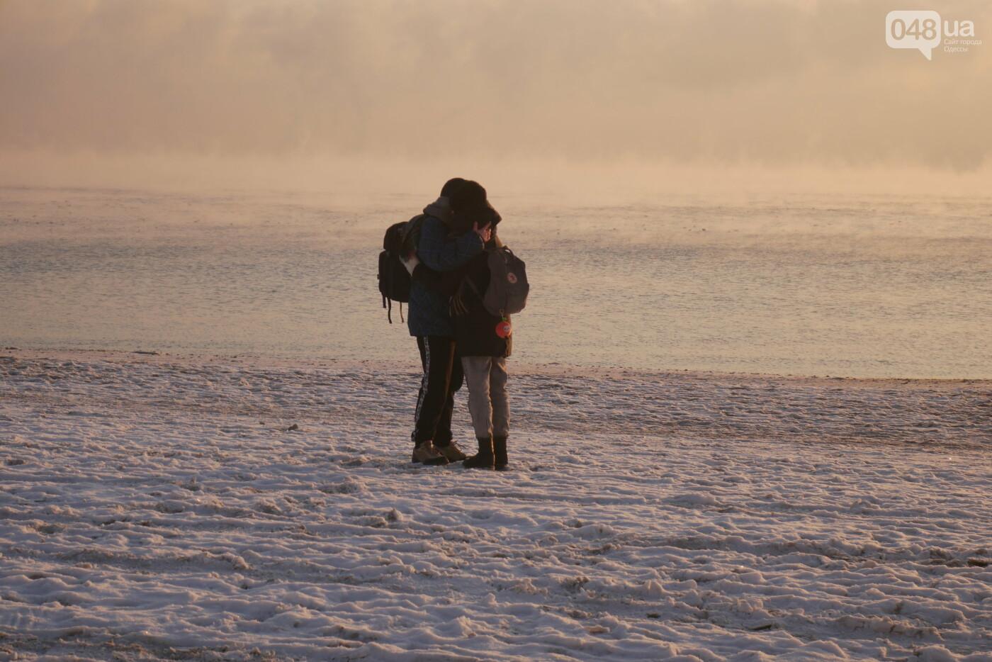 Мороз и солнце: одесситы окунулись в крещенское море,- ФОТОРЕПОРТАЖ, фото-1