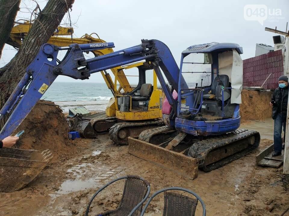 Нахалстрой на побережье Одессы: владельцы кафе захватили кусок пляжа в Аркадии,- ФОТО, ВИДЕО, фото-3