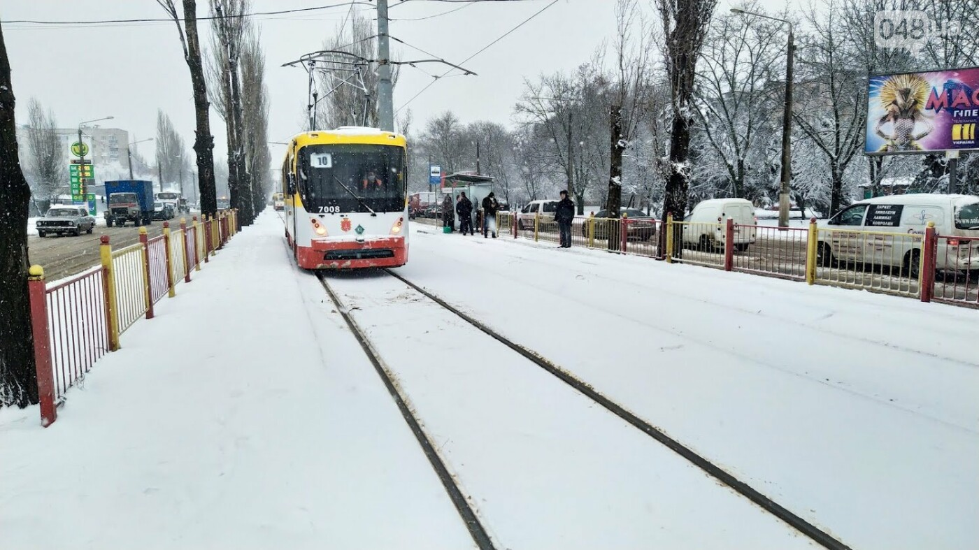 Снегопад в Одессе: как ходит общественный транспорт в городе, - ФОТО, фото-2, ФОТО: Александр Жирносенко