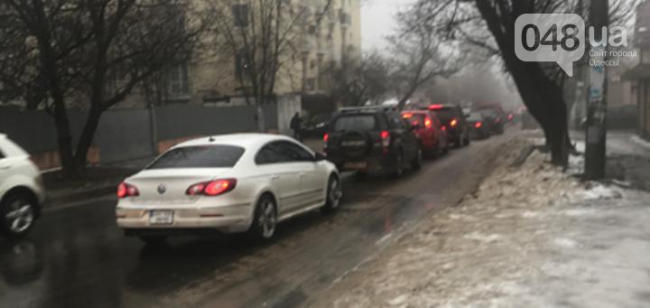 Непогода принесла одесситам очередные проблемы: пробки, дождь и ДТП, - ФОТО, фото-13