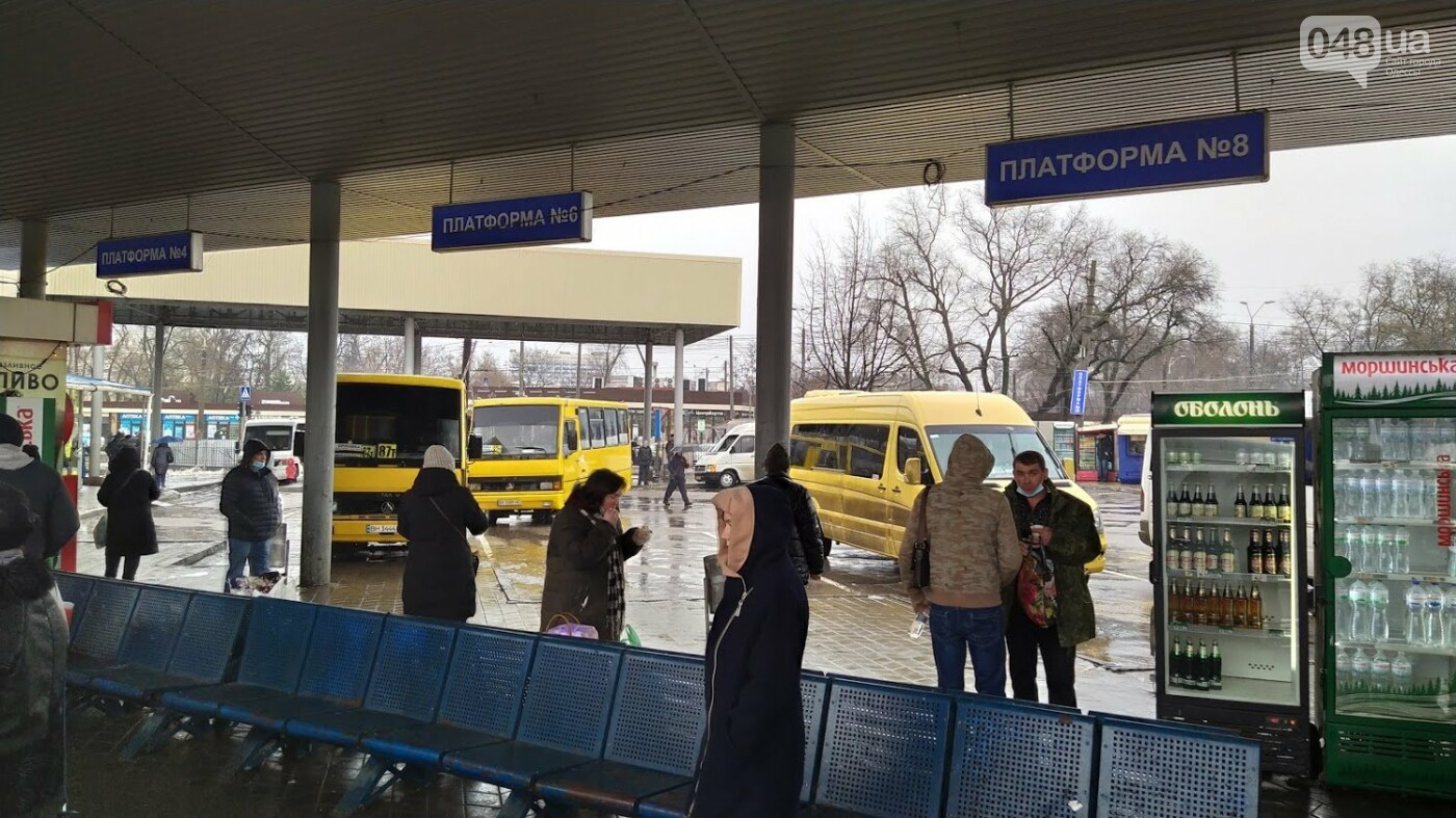 Два района Одесской области шестой день остаются в снежном плену, фото-10, ФОТО: Александр Жирносенко.