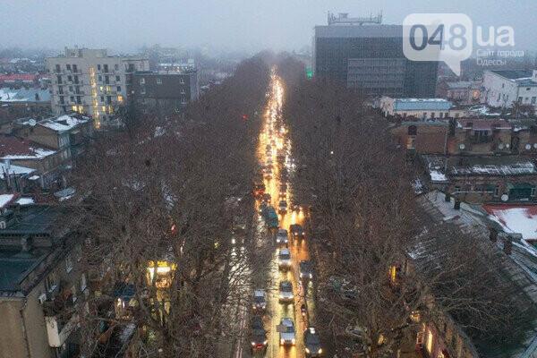 Из-за ремонта Новощепного центр Одессы сковали пробки,- ФОТО, фото-2