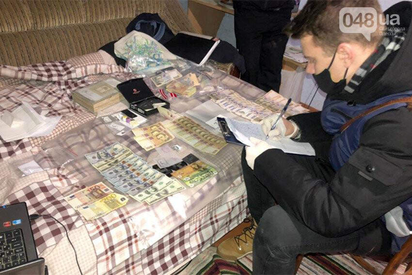 Масштабная спецоперация в Одессе: разоблачили межрегиональную банду фальшивомонетчиков, фото-9, Полиция Одесской области