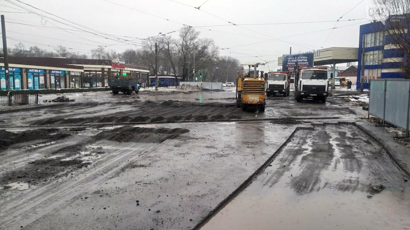 В Одессе закрыли один из самых оживленных участков дороги: ожидаются пробки - ФОТО, фото-15, ФОТО: Александр Жирносенко.