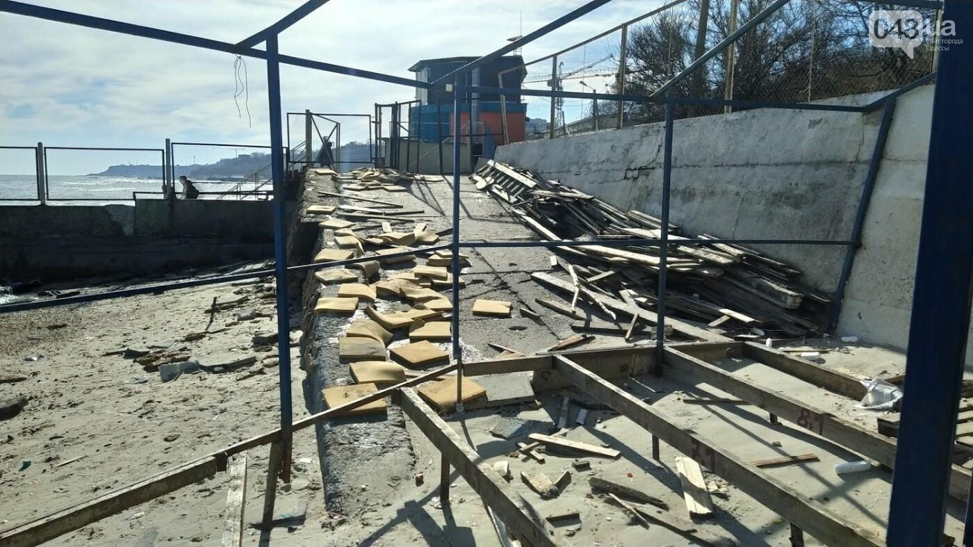 Последствия шторма на одесском побережье: как выглядят пляжи после стихии, - ФОТОРЕПОРТАЖ, фото-12