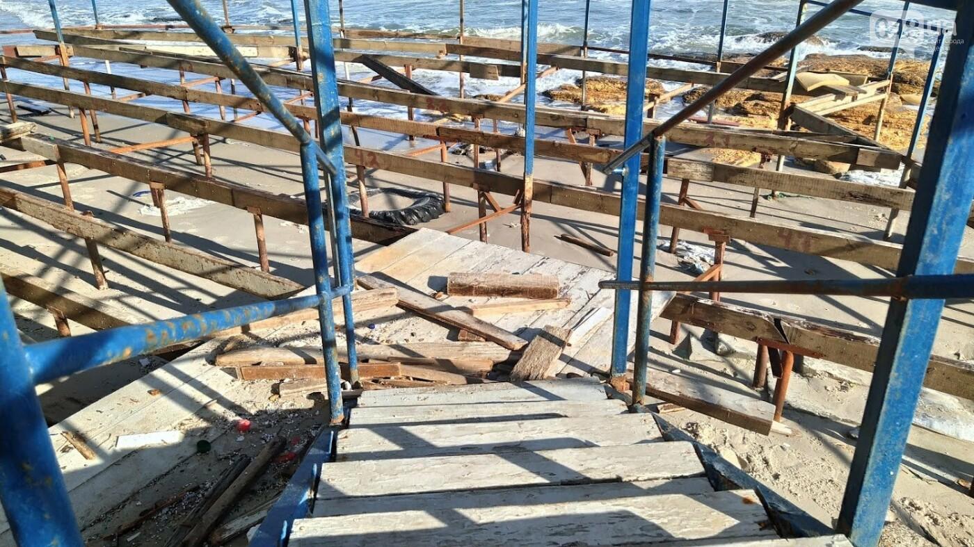 Последствия шторма на одесском побережье: как выглядят пляжи после стихии, - ФОТОРЕПОРТАЖ, фото-13