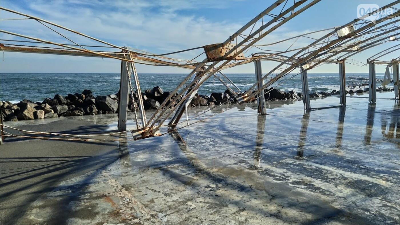 Последствия шторма на одесском побережье: как выглядят пляжи после стихии, - ФОТОРЕПОРТАЖ, фото-24