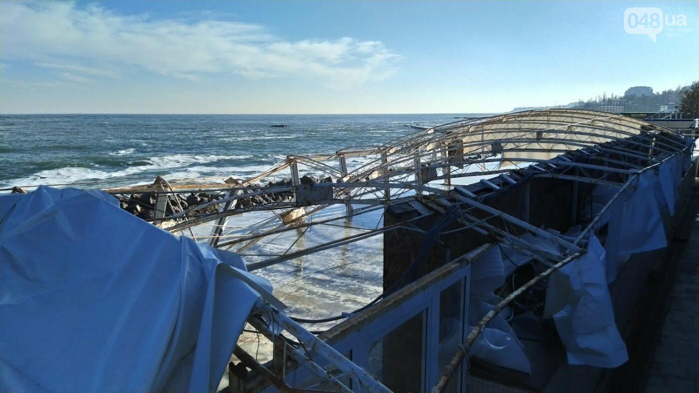 Последствия шторма на одесском побережье: как выглядят пляжи после стихии, - ФОТОРЕПОРТАЖ, фото-31
