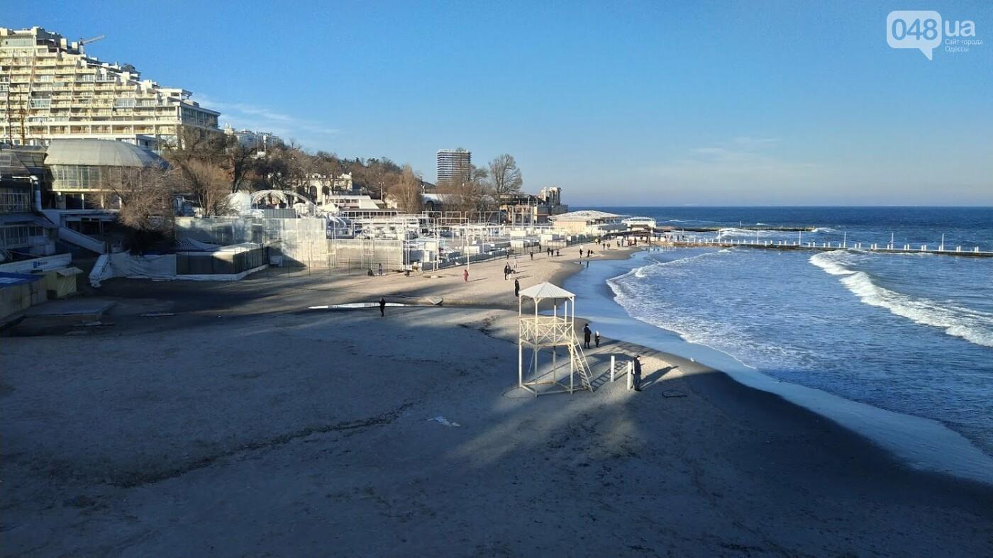 Последствия шторма на одесском побережье: как выглядят пляжи после стихии, - ФОТОРЕПОРТАЖ, фото-32