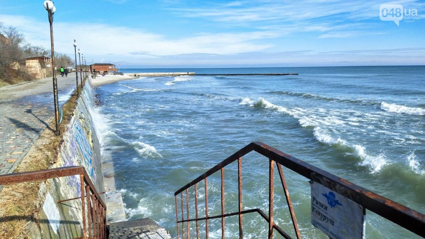 Море наступает: шторм за сутки поглотил один из популярных пляжей в Одессе, - ФОТО , фото-5