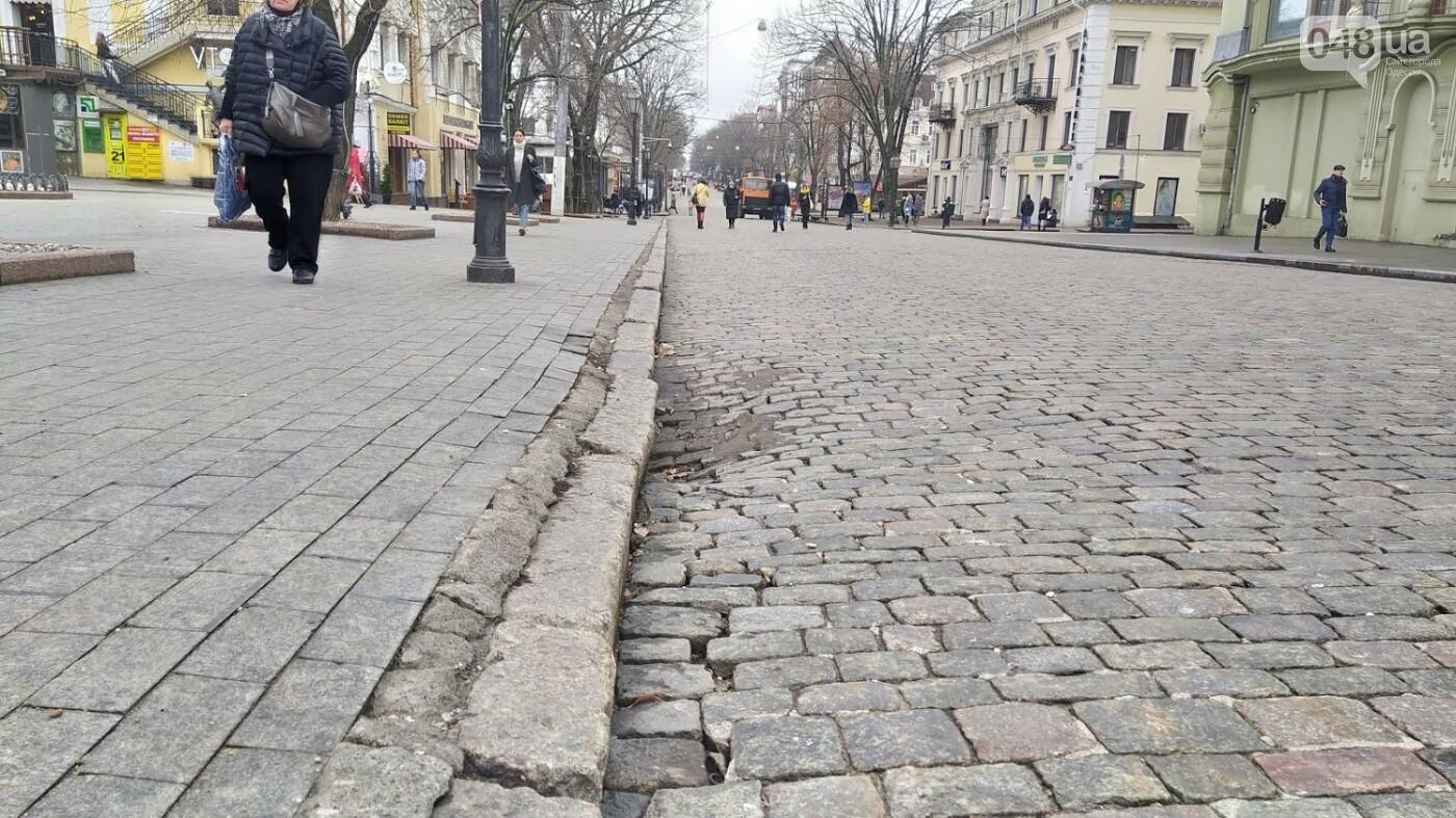 На Дерибасовской в Одессе образовались ямы, - ФОТО, фото-17, ФОТО: Александр Жирносенко.