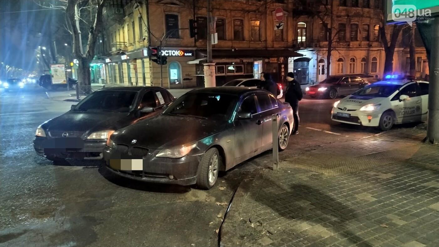 ДТП в Одессе: на Ришельевской столкнулись два автомомбиля, - ФОТО, фото-8, ФОТО: Александр Жирносенко