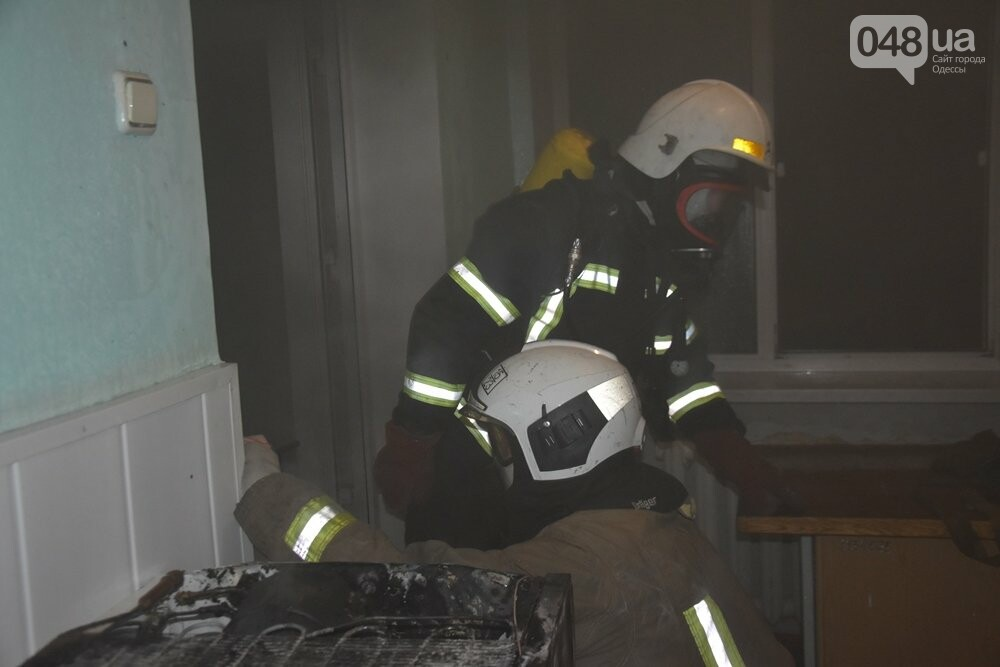 Пожар в одесском роддоме., ФОТО: ДСНС