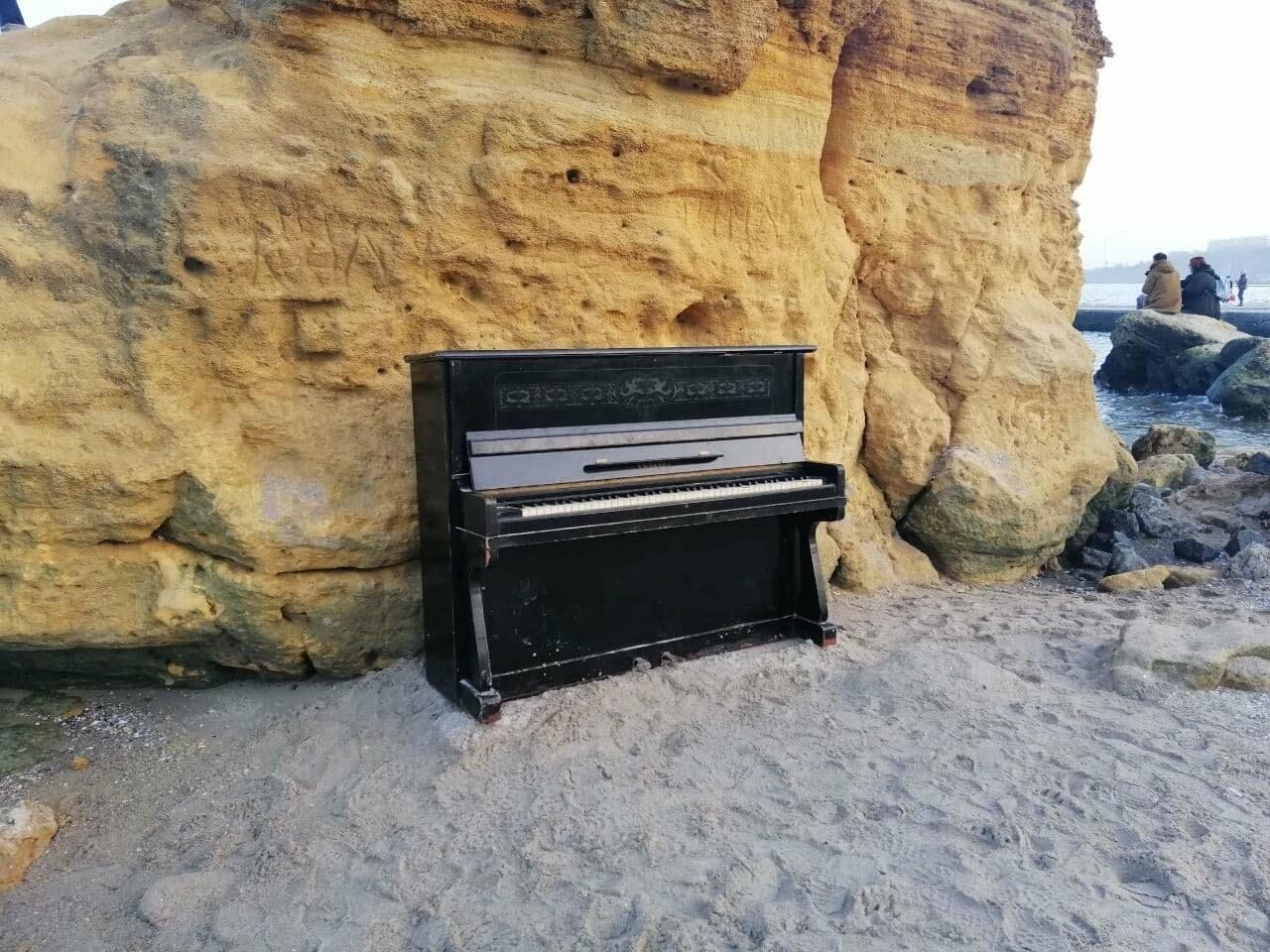 Пианино на Отраде: В Одессе на пляже звучит музыка,- ФОТО, ВИДЕО , фото-9