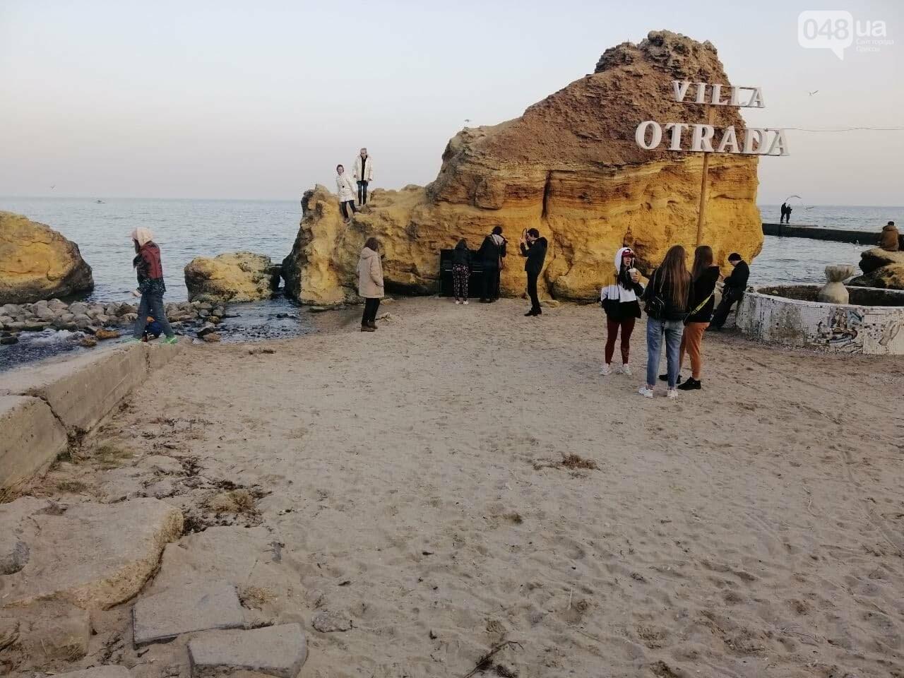 Пианино на Отраде: В Одессе на пляже звучит музыка,- ФОТО, ВИДЕО , фото-8