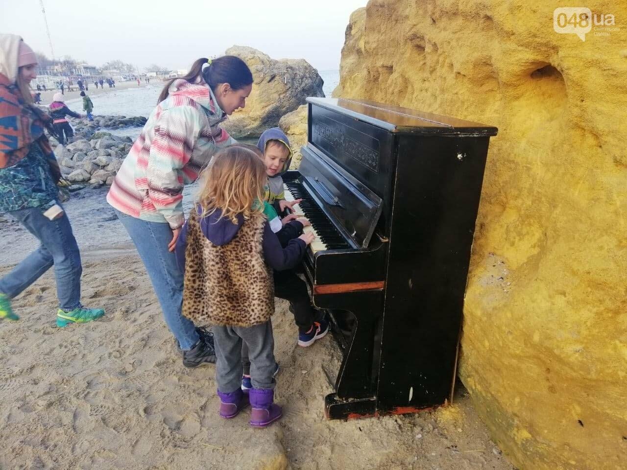 Пианино на Отраде: В Одессе на пляже звучит музыка,- ФОТО, ВИДЕО , фото-5