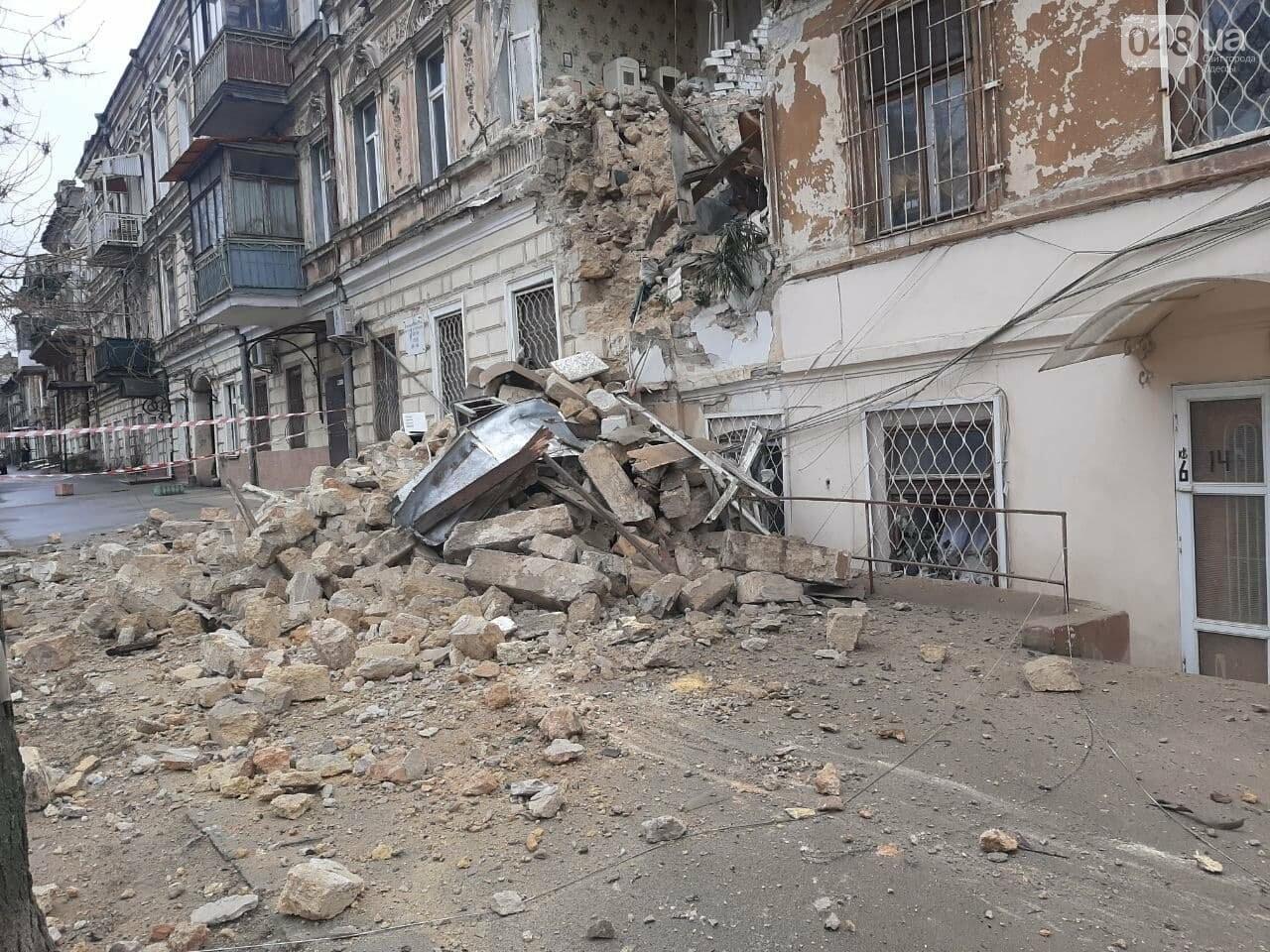 В центре Одессы обрушился дом, жильцов эвакуировали, - ФОТОРЕПОРТАЖ, фото-6