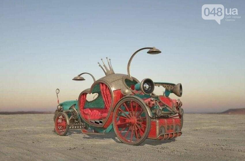 Одесский скульптор Александр Милов создал электромобиль-огнемёт для свадеб в Америке,- ФОТО, фото-1