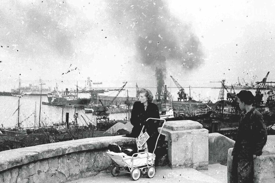 Приморский бульвар в Одессе сегодня и много лет назад: подборка фотографий, - ФОТО , фото-35