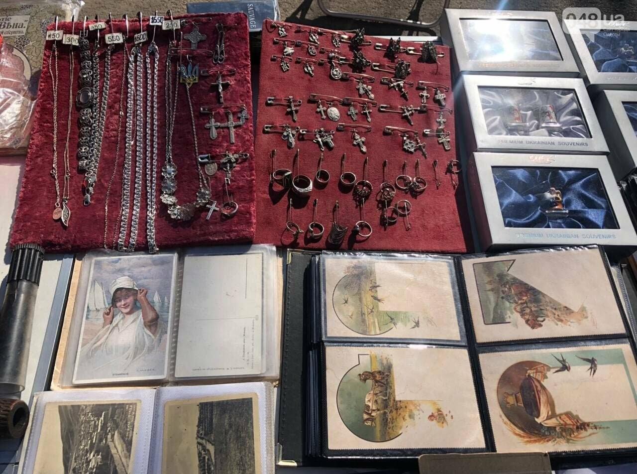 Антикварная посуда, старинные монеты и часы: что продают на одесской Староконке, - ФОТОПЯТНИЦА , фото-1