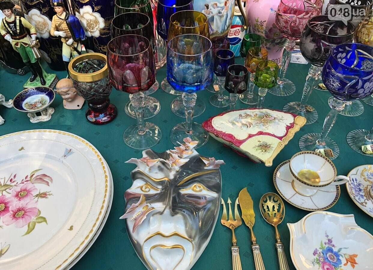 Антикварная посуда, старинные монеты и часы: что продают на одесской Староконке, - ФОТОПЯТНИЦА , фото-2