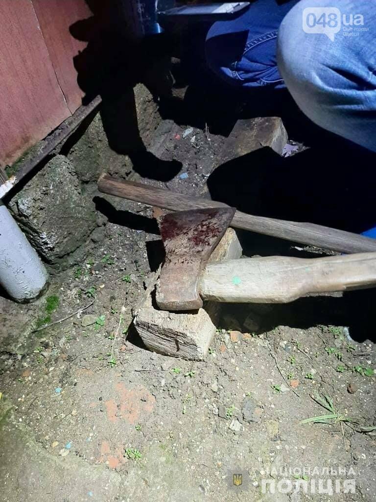 Зарубил топором: в Одессе задержали подозреваемого в двойном убийстве жителя Киева, фото-1