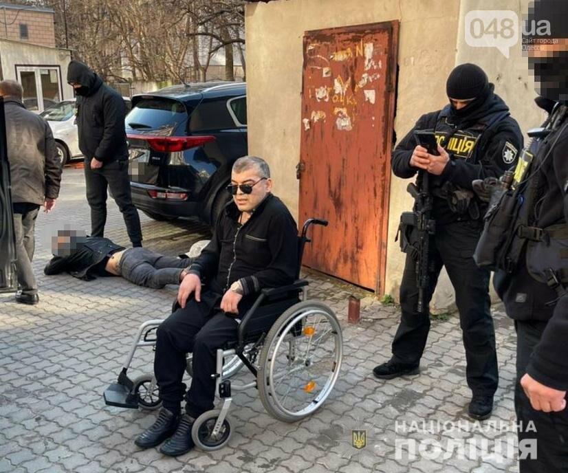 Спецоперация в Одессе: правоохранители задержали криминального авторитета из РФ, - ФОТО, фото-1