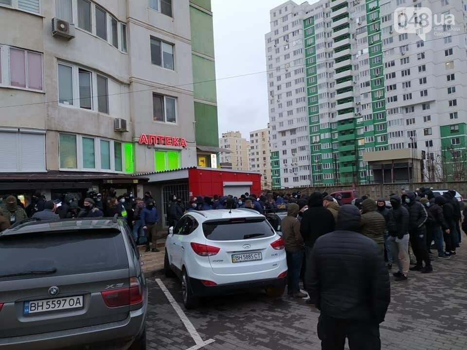 В Одессе сотрудники охранной фирмы избили участника АТО, - ФОТО, ВИДЕО, фото-5