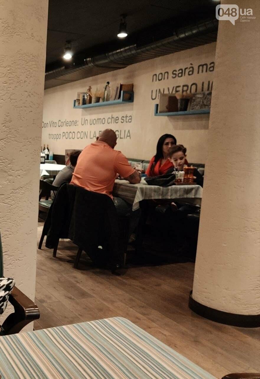 Закрыты не все: как в Одессе работают кафе и рестораны, - ФОТО, фото-3