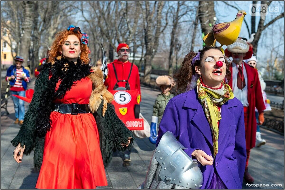 Маски без масок: 1 апреля в Одессе было весело, несмотря на карантин,- ФОТОРЕПОРТАЖ, фото-7