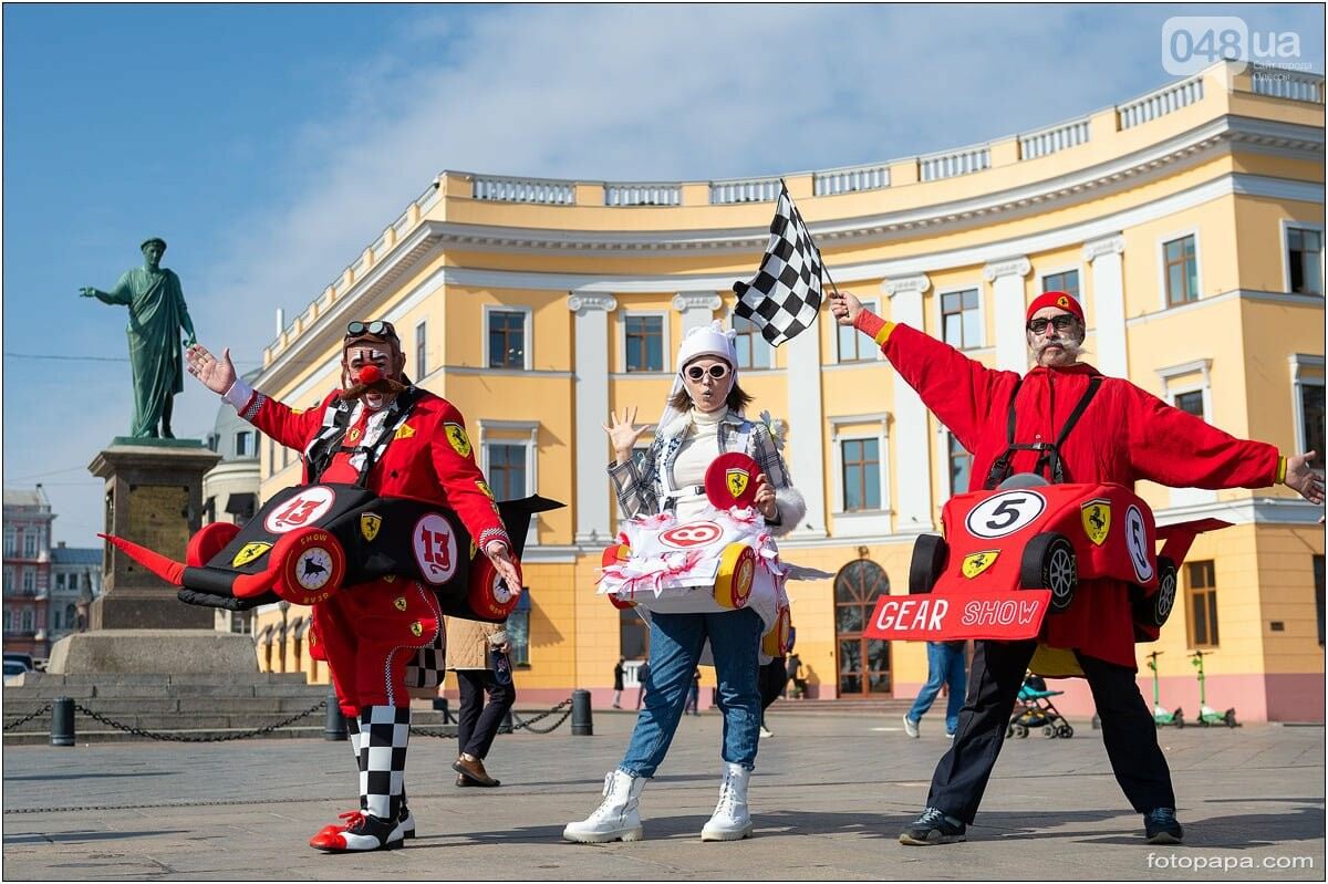 Маски без масок: 1 апреля в Одессе было весело, несмотря на карантин,- ФОТОРЕПОРТАЖ, фото-11