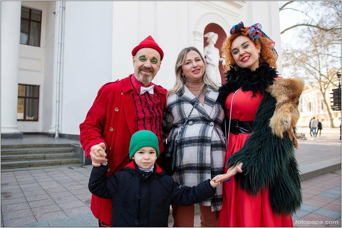 Маски без масок: 1 апреля в Одессе было весело, несмотря на карантин,- ФОТОРЕПОРТАЖ, фото-2