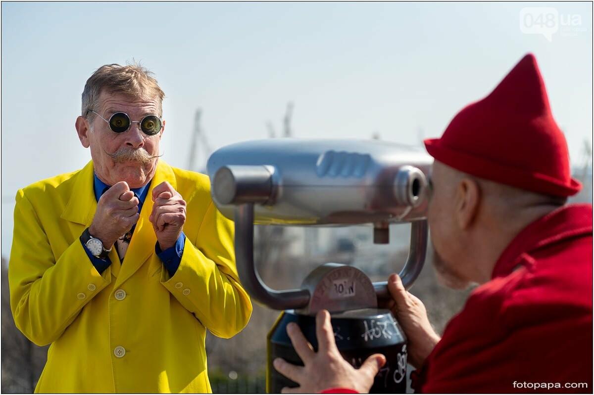 Маски без масок: 1 апреля в Одессе было весело, несмотря на карантин,- ФОТОРЕПОРТАЖ, фото-12