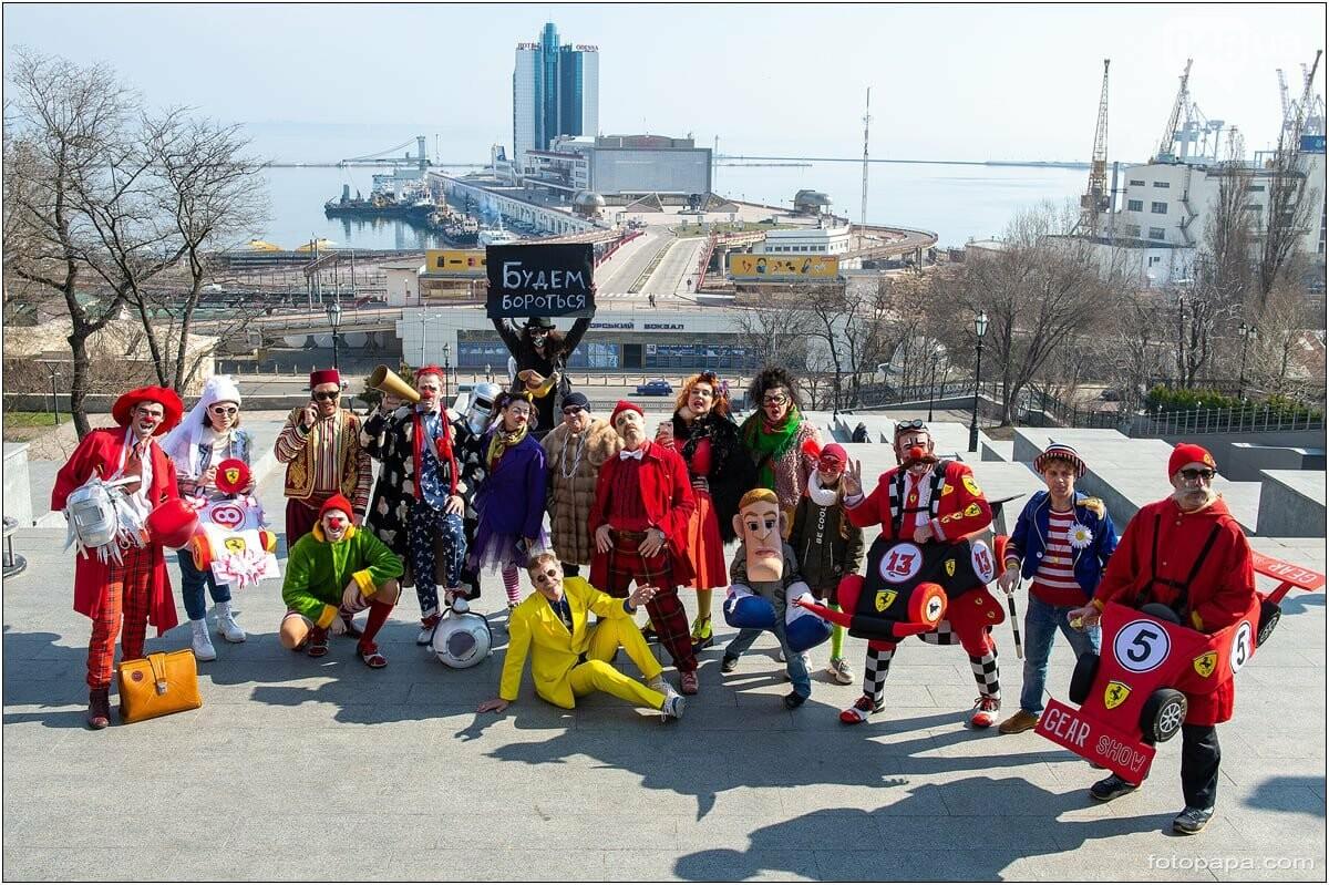 Маски без масок: 1 апреля в Одессе было весело, несмотря на карантин,- ФОТОРЕПОРТАЖ, фото-16