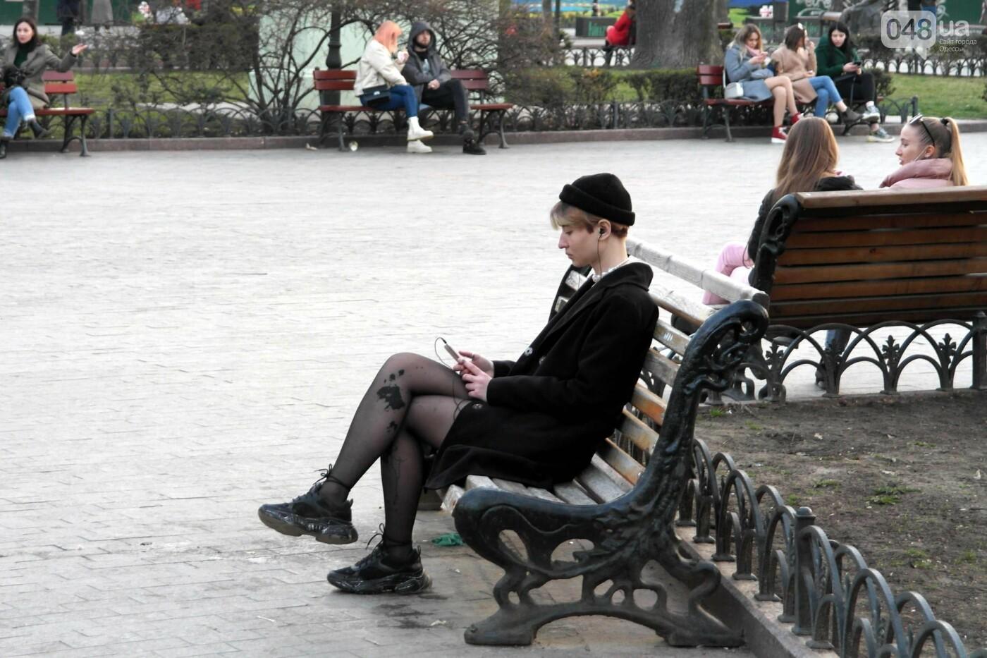 Маски без масок: 1 апреля в Одессе было весело, несмотря на карантин,- ФОТОРЕПОРТАЖ, фото-25