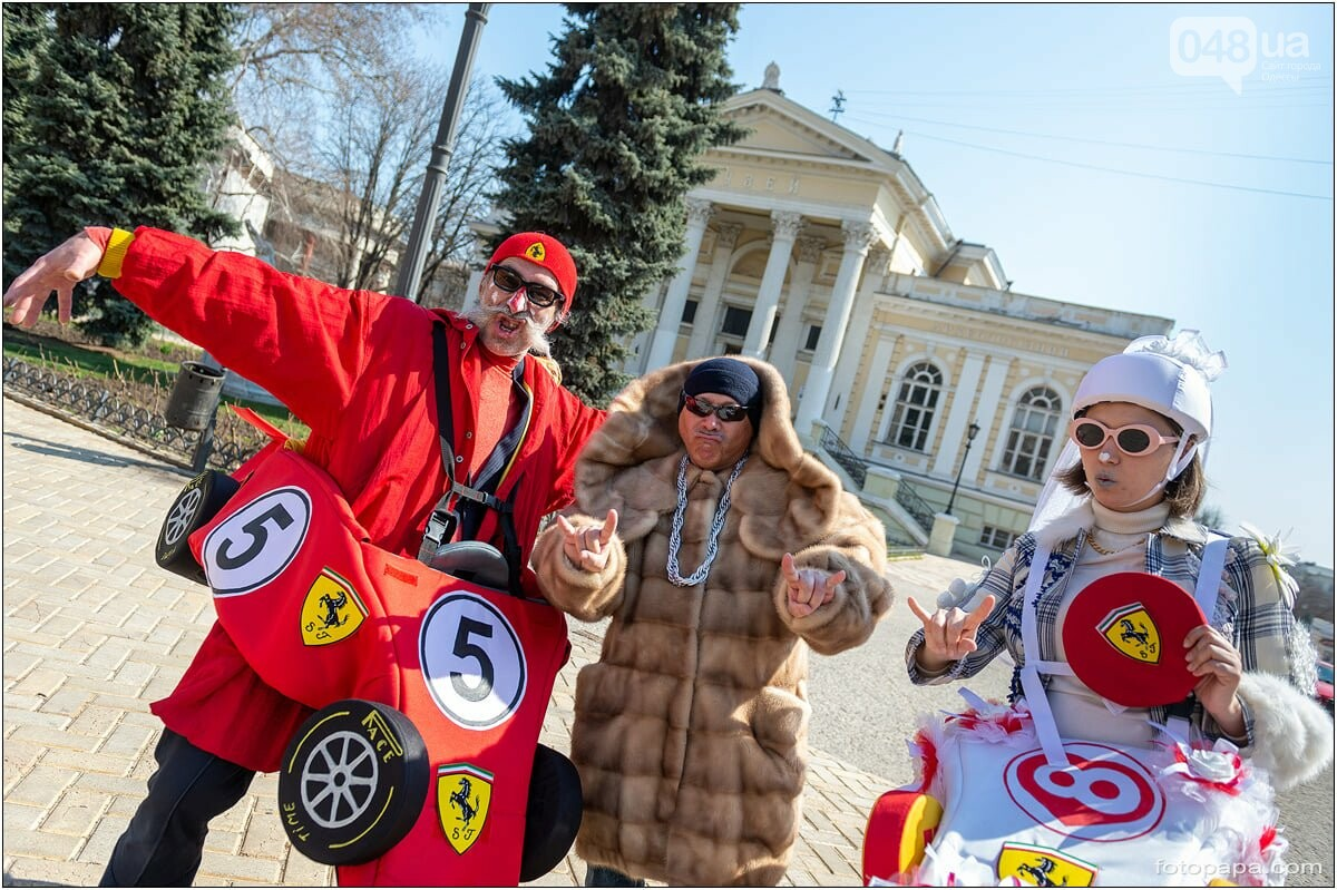 Маски без масок: 1 апреля в Одессе было весело, несмотря на карантин,- ФОТОРЕПОРТАЖ, фото-3