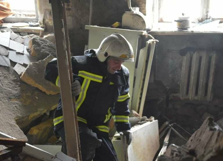 В Одессе в квартире взорвался газ, есть пострадавшие, людей эвакуируют,- ФОТО, ВИДЕО, фото-1