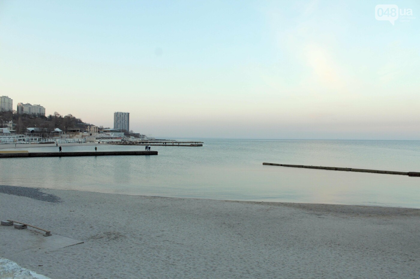 Апрель, Одесса, пляж: закат раскрасил море лазурными красками,- ФОТОПЯТНИЦА, фото-3