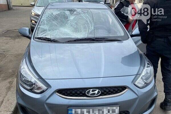 В Одессе водитель сбил трех парней и скрылся,- ФОТО, фото-3