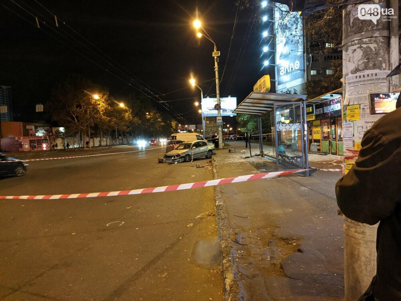 В Одессе передали в суд обвинение водителя, который въехал в остановку и травмировал людей,- ФОТО, фото-2