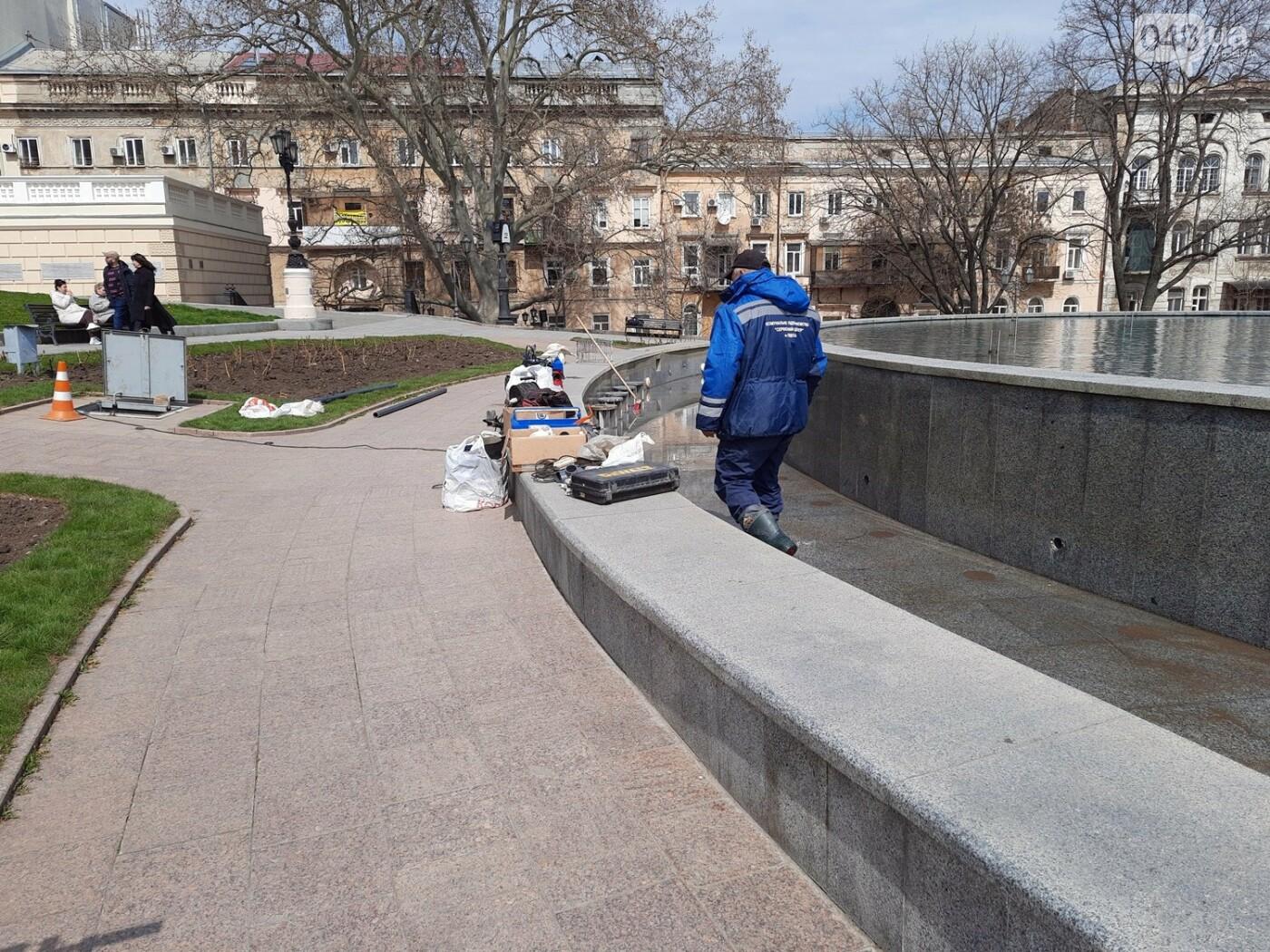 Вандалы сломали главный фонтан Одессы, - ФОТО, фото-2