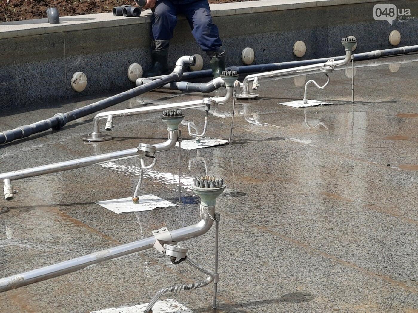 Вандалы сломали главный фонтан Одессы, - ФОТО, фото-8