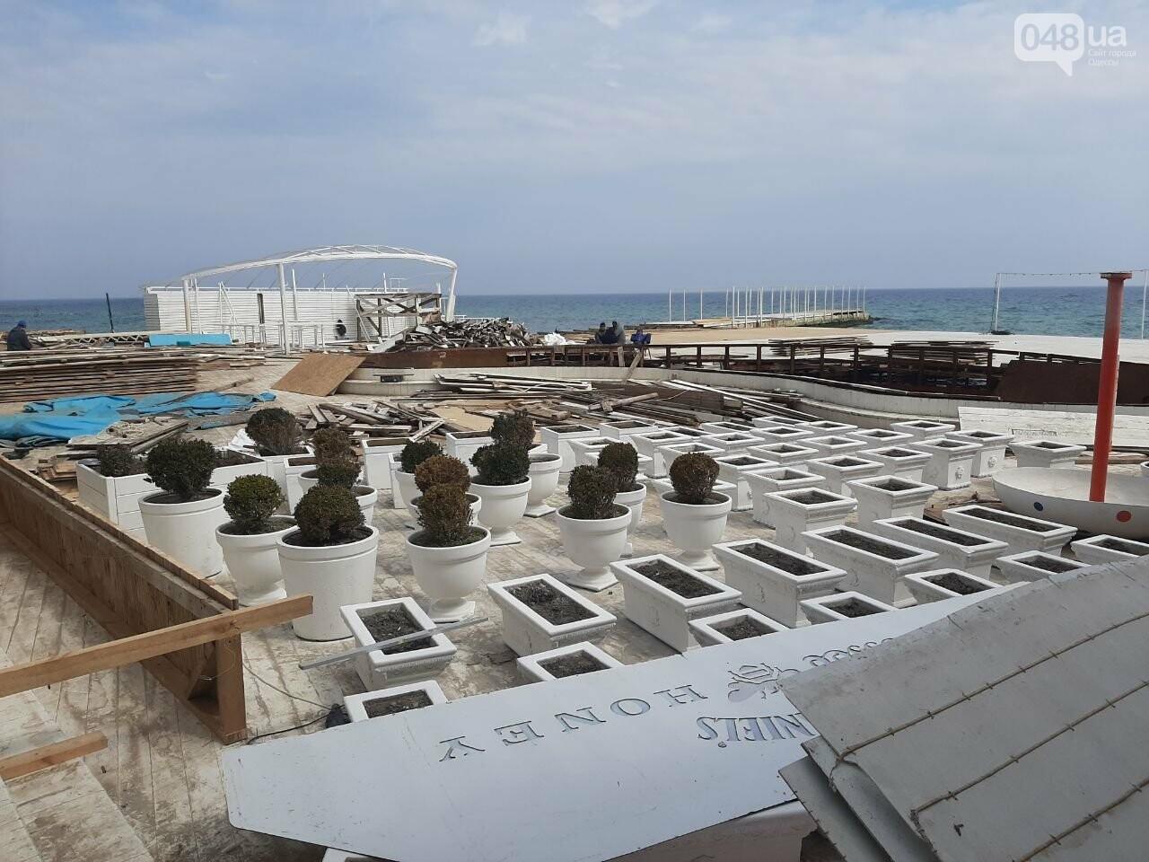 В Одессе с побережья убирают незаконные помосты, - ФОТО, СТРИМ, фото-7