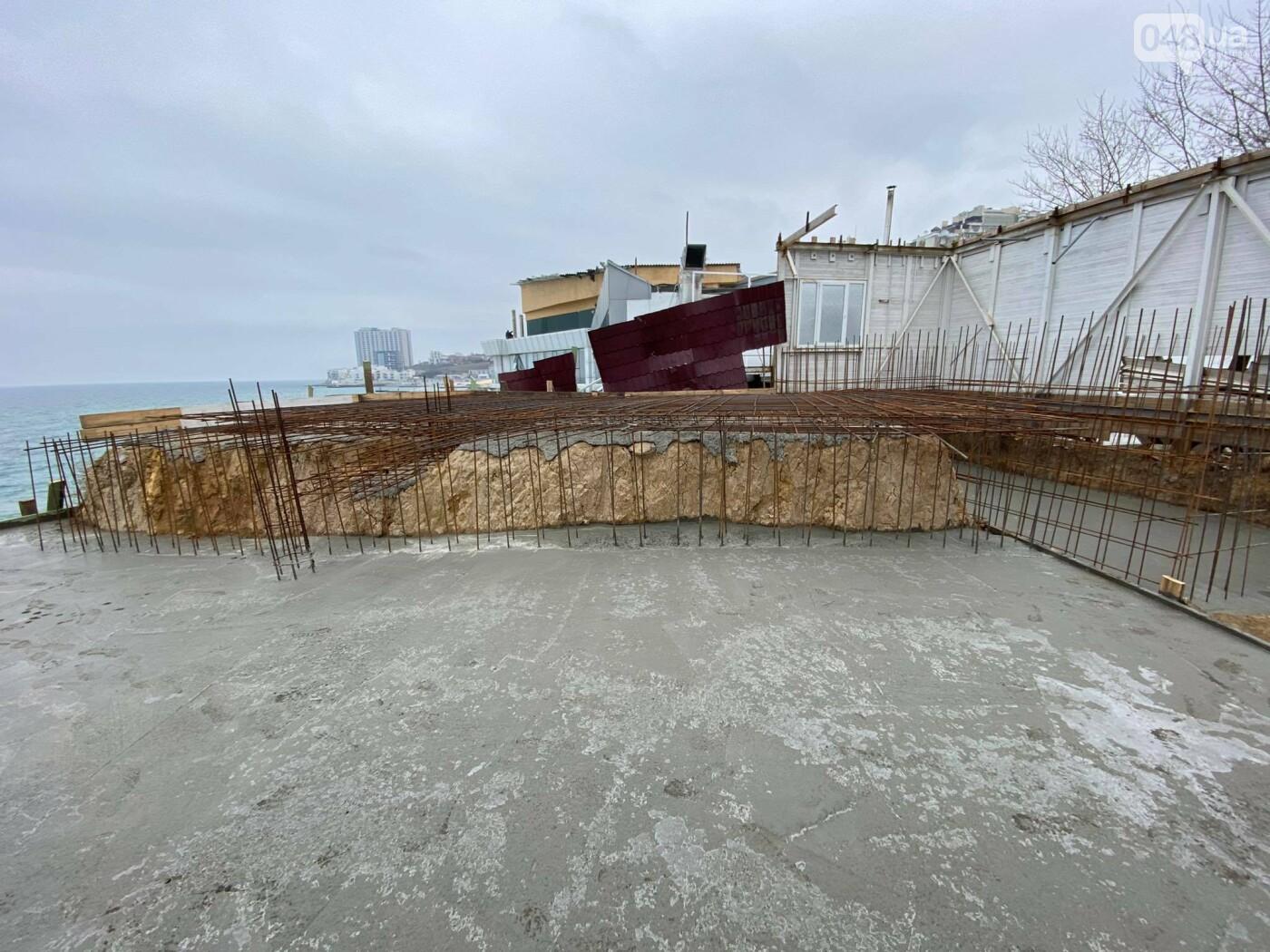 В Одессе в Аркадии на пляже строят новое кафе,- ФОТО, ВИДЕО, фото-5