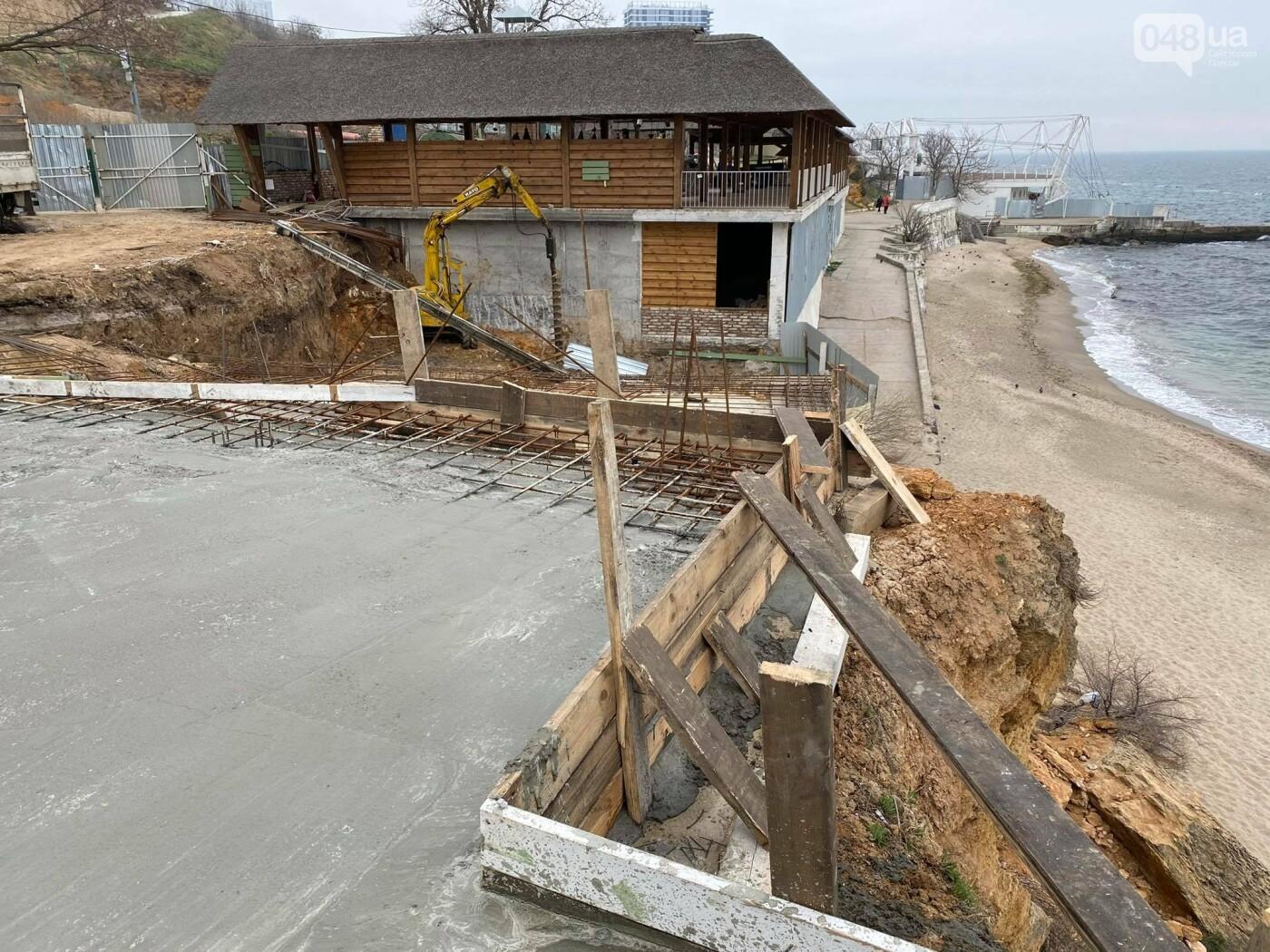 В Одессе в Аркадии на пляже строят новое кафе,- ФОТО, ВИДЕО, фото-3