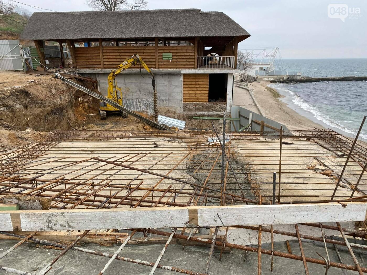 В Одессе в Аркадии на пляже строят новое кафе,- ФОТО, ВИДЕО, фото-6