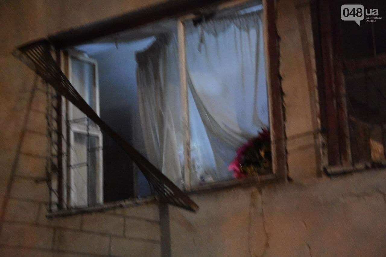 В Одессе горела квартира в 10-этажке, эвакуировали 20 человек и собачку,- ФОТО, фото-4